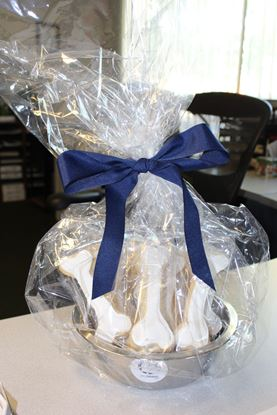 Picture of Bulldog Cookie Basket